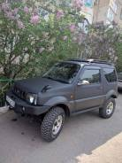 Suzuki Jimny Sierra. механика, 4wd, 1.3 (88 л.с.), бензин, 45 000 тыс. км