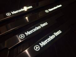 Порог пластиковый. Mercedes-Benz G-Class
