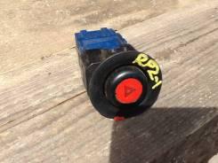 Кнопка включения аварийной сигнализации. Honda Stepwgn, RF1, RF2