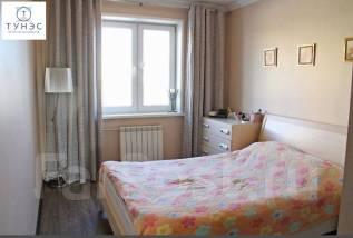 3-комнатная, улица Каплунова 8. 64, 71 микрорайоны, проверенное агентство, 67 кв.м.
