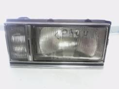 Фара Toyota 30-82