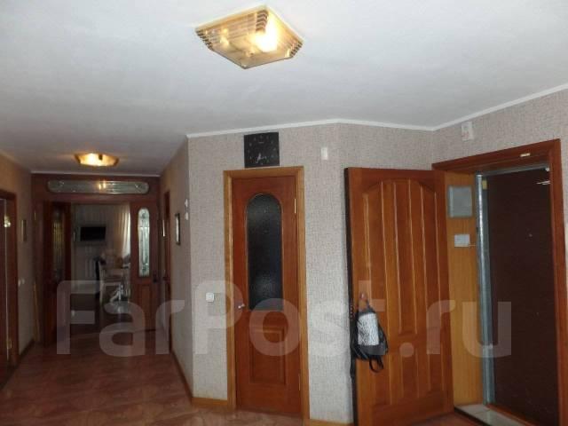 4-комнатная, улица Истомина 23. Центральный, агентство, 160кв.м.