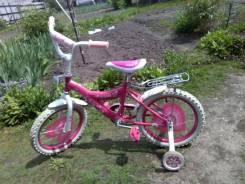 Велосипеды трехколесные.