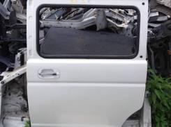 Направляющая стекла. Honda Stepwgn, RF3