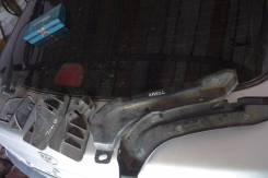 Порог пластиковый. Toyota Avensis, AZT250