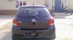 Стекло заднее. Toyota Vitz