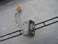 Кнопка открывания багажника. Nissan Terrano, TR50