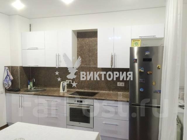 Комната, улица Светланская 88. Центр, агентство, 12 кв.м. Кухня