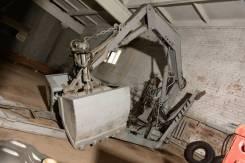 Погрузчик-экскаватор грейферный ПЭ-Ф-1Б/БМ , 2012. Продается погрузчик, 1 000 кг.