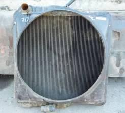 Радиатор охлаждения двигателя. Nissan Diesel, CM87H Двигатель FE6