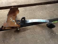 Педаль сцепления. Nissan Almera, N16, N16E