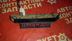 Ручка открывания багажника. Toyota Ipsum, ACM21, ACM26W, ACM26, ACM21W Двигатель 2AZFE