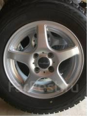 Продам комплект колес Bridgestone 2012 год 185/70R14. 5.5x14 4x100.00 ET45 ЦО 73,0мм.