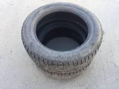 Bridgestone Ice Cruiser. Зимние, шипованные, 2013 год, износ: 10%, 2 шт