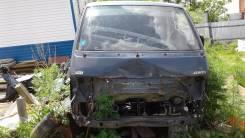 Toyota Hiace. LH107