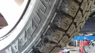 Bridgestone Blizzak MZ-03. Зимние, без шипов, износ: 40%, 4 шт