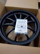 Advan Racing RZ-DF. 9.0x19, 5x114.30, ET35, ЦО 73,0 мм.