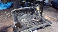 Передняя часть автомобиля. Toyota Harrier