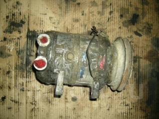 Компрессор кондиционера. Nissan Atlas, AGF22 Двигатель TD27