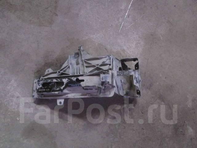 Кронштейн фары. BMW M5, F10 BMW 5-Series, F10