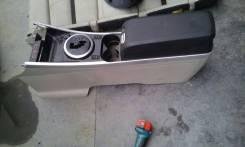 Бардачок. Mazda CX-7, ER3P Двигатель L3VDT