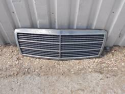 Решетка радиатора. Mercedes-Benz C-Class, W202