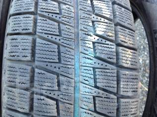 Bridgestone Blizzak Revo2. Всесезонные, 2010 год, износ: 20%, 4 шт