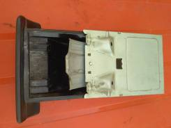 Пепельница. Nissan March, ANK11, HK11, K11, AK11 Двигатели: CG10DE, CGA3DE, CG13DE