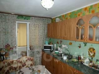 3-комнатная, улица Виталия Кручины 6/4. северо восток, агентство, 68 кв.м.