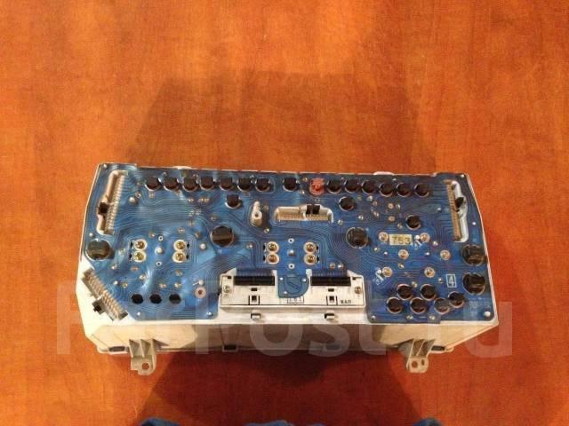 Панель приборов. Toyota Hiace Regius, KCH40G Двигатель 1KZTE