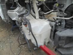 Бачок стеклоомывателя. Toyota RAV4, ACA38, ACA38L, ACA36, ACA36W, ACA31, ACA31W, ACA33, ACA33W Toyota Vanguard, ACA38W, ACA33W