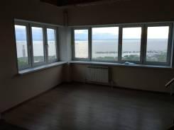 1-комнатная, проспект 100-летия Владивостока 20. Столетие, частное лицо, 50 кв.м. Вид из окна днем
