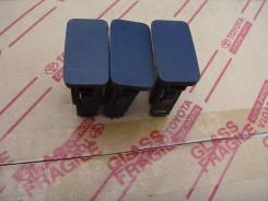 Панель рулевой колонки. Toyota Mark X, GRX120, GRX121, GRX125