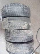 Bridgestone Blizzak Revo2. Зимние, 2012 год, износ: 60%, 4 шт