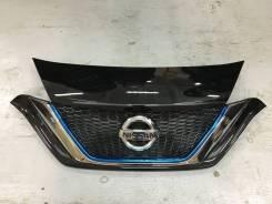 Решетка радиатора. Nissan Note, HE12