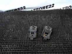 Крепление радиатора Subaru Forester