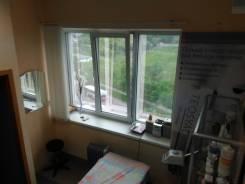 Сдам в аренду косметологический кабинет. 9 кв.м., проспект Народный 11в, р-н Третья рабочая. Вид из окна