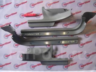 Порог пластиковый. Subaru Forester, SG5, SG9 Двигатели: EJ203, EJ202, EJ205, EJ255