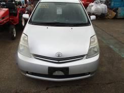 Капот. Toyota Prius
