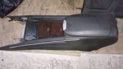 Подлокотник. Mercedes-Benz M-Class Mercedes-Benz ML-Class