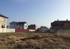 Продаю зем. участок ККБ. ул. Батуринская. 10 соток. 1 000 кв.м., собственность, электричество, вода, от агентства недвижимости (посредник)