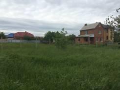Продаю зем. участок п. Плодородный. ул. Фермерская. 8 соток. 800 кв.м., собственность, от агентства недвижимости (посредник)