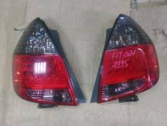 Стоп-сигнал. Honda Jazz Honda Fit, GD4, GD3, GD2, GD1, DBA-GD2, LA-GD1, UA-GD2, DBA-GD1, LA-GD2, UA-GD1 Двигатели: L13A5, L15A1, L13A2, L13A1, L12A1...