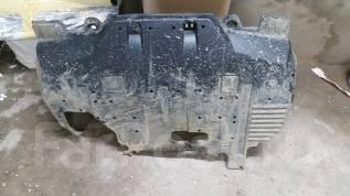 Защита двигателя пластиковая. Subaru Forester, SJ5 Двигатель FB20
