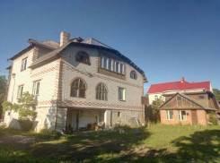 Продам дом. Ольховая 5, р-н Суходол, площадь дома 500кв.м., скважина, электричество 15 кВт, от частного лица (собственник). Дом снаружи