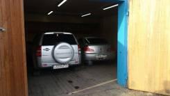 Гаражи капитальные. Спортивная 2А первый ряд, напротив полиции, р-н Кавалерово, 37 кв.м., электричество, подвал.
