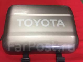 Накладка крышки багажника. Toyota Land Cruiser, HDJ101, FZJ100, HDJ100, HZJ105, UZJ100 Двигатели: 1HZ, 1HDT, 1FZFE, 2UZFE, 1HDFTE