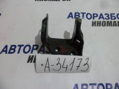 Кронштейн двигателя правый Honda Stepwgn