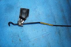 Упор капота. Chevrolet TrailBlazer, GMT360 Двигатель LL8