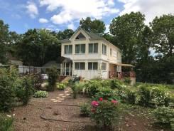 Продам дом на Весенней. 4-ая Восточная, площадь дома 200 кв.м., скважина, электричество 30 кВт, отопление электрическое, от частного лица (собственни...